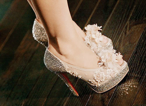 Christian Louboutin peep toe heels nude flowers tsar pumps Burlesque