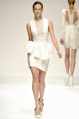 David Koma Spring 2011 RTW dress 2