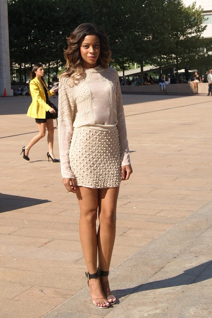 nude outfit street style