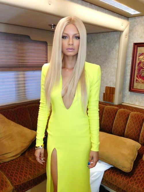 Slit dress fashion ladylikei  neon blog trend (1)