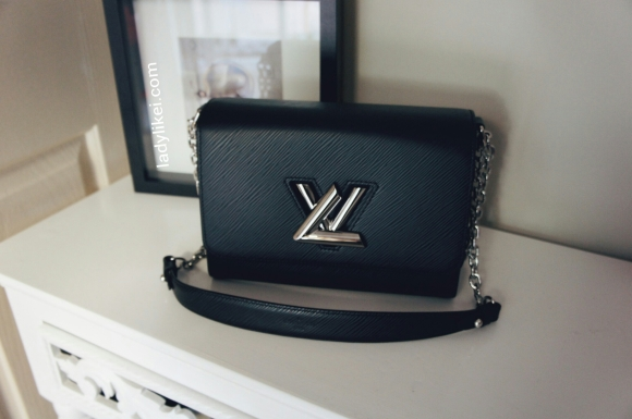 My bag reveal – Louis Vuitton Twist MM Black